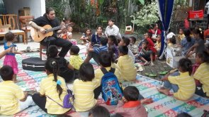 Playing for children from Jakarta slums